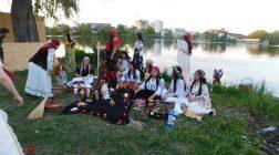 Vrăjitoarele din București au creat un ritual de sacrificu de excepție pentru tv Moscova