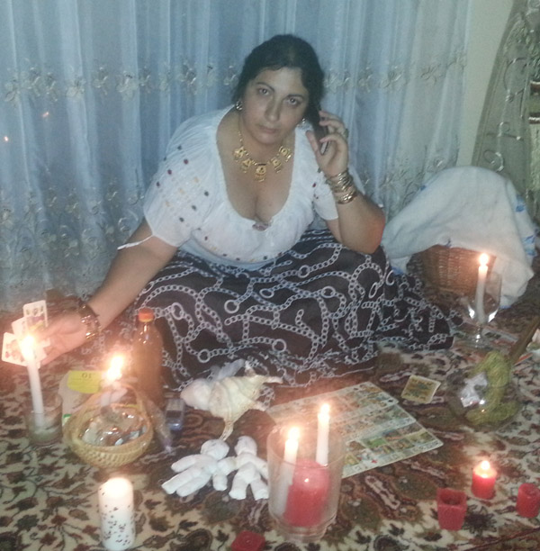 Vrăjitoarea Florica, cu magie neagră