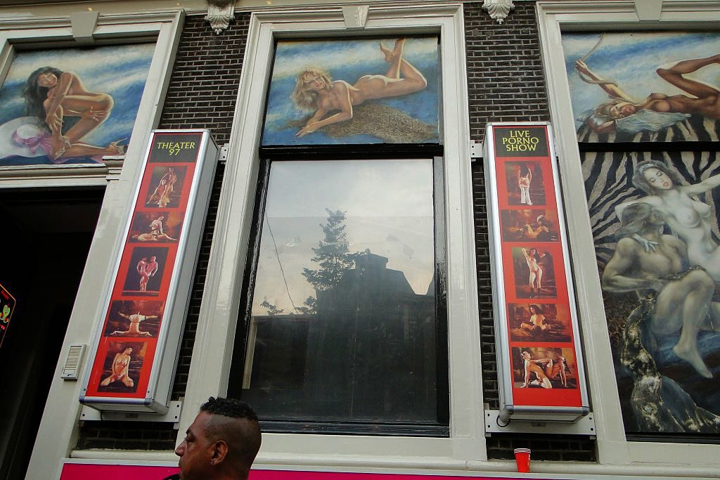 sex_theater_in_amsterdam-1